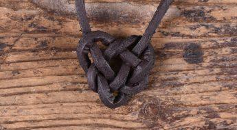 Keltischer Herzknoten - sechster Schritt