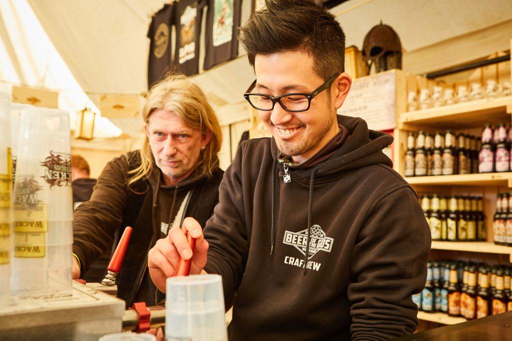 Die Wacken Brauerei ist offizieller Durstlöscher - sowohl im Craft Tent als auch an allen anderen Zapfhähnen gibt es leckeres Craftbeer.