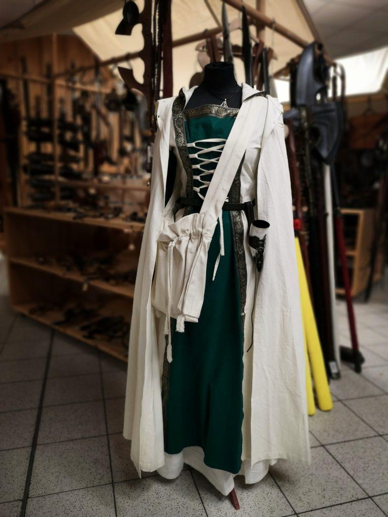 Mittelalterliches Fantasy Outfit, auch für Elfen geeignet
