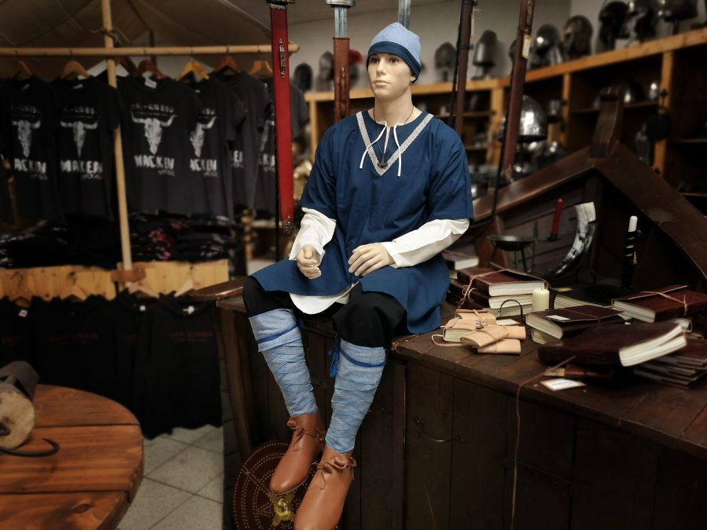 Wikinger Kleidung Mann