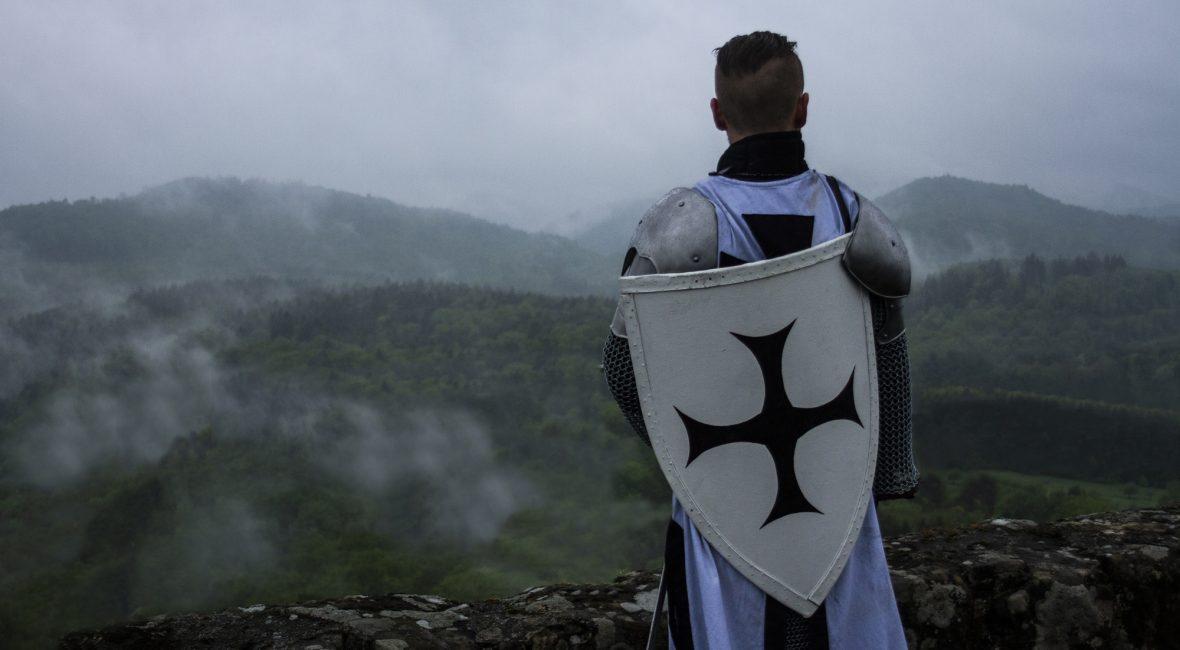 Deutschritter sind Kreuzritter des Deutschritterordens, einem Ritterorden aus der Zeit der Kreuzzüge.